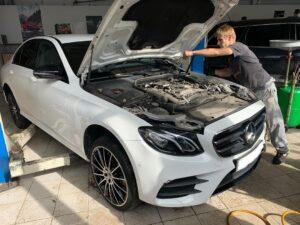 Mercedes-Benz сервіс